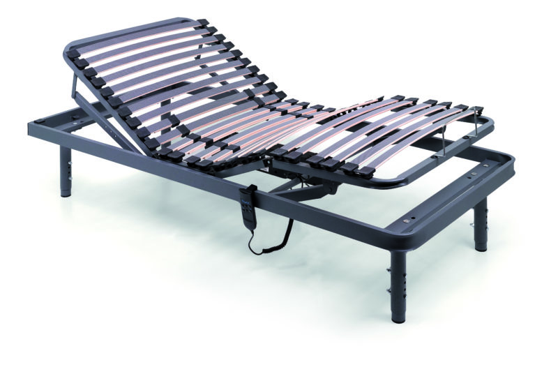 Geriatric articulated bed